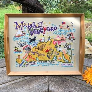 🌺 Cat Studio; Martha's Vineyard Embroidered Tray!